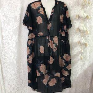 Torrid sheer floral cover-up Black 1X/2X